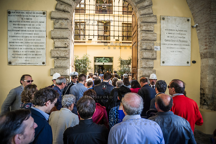 The funeral of Marco Pannella, political leader of Radical Party in Italy, in the burial chamber on city hall of Teramo City, on May 22, 2016. Photo: Adamo Di Loreto/NurPhoto