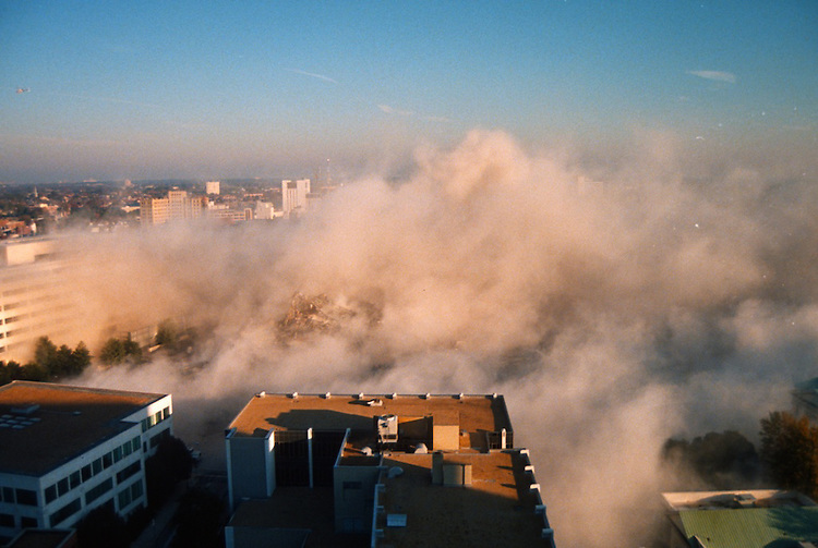 1996 November 24..Redevelopment..Macarthur Center.Downtown North (R-8)..SEQUENCE 21.IMPLOSION OF SMA TOWERS.LOOKING NORTH FROM ROOFTOP .OF MAIN TOWER EAST.PV3.NEG#.NRHA#..