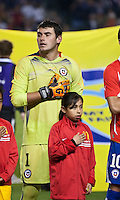 CARSON, CA – JANUARY 22: Chile goalie Paulo Garces (1) before the international friendly match between USA and Chile at the Home Depot Center, January 22, 2011 in Carson, California. Final score USA 1, Chile 1.