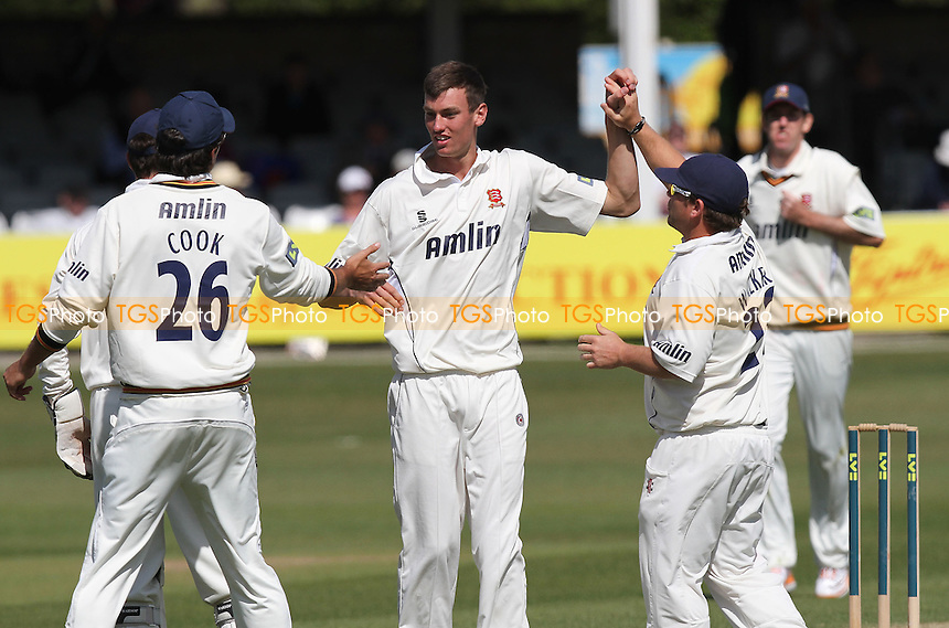 Reece Topley of Essex (C) celebrates the wicket of Simon Cook with his team mates - Essex CCC vs Kent CCC - LV County Championship Division Two at the Ford County Ground - 10/04/11 - MANDATORY CREDIT: Gavin Ellis/TGSPHOTO - Self billing applies where appropriate - Tel: 0845 094 6026