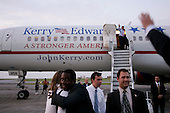 New Orleans, Louisiana.USA.September 8, 2004..Democratic Presidential hopeful Senator John Kerry on the tarmac of the New Orleans Airport.