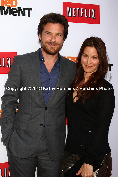 "LOS ANGELES - APR 29:  Jason Bateman, Amanda Anka arrives at the ""Arrested Development"" Los Angeles Premiere at the Chinese Theater on April 29, 2013 in Los Angeles, CA"
