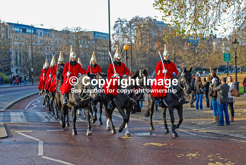 Guardsmen of the Household Cavalry on horseback at Hyde Park Corner, London, England, UK, 200812061647..<br />