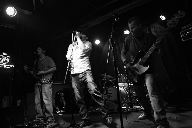 Jammin' at the Bird. The Hummingbird Stage and Taproom in Macon, Ga. Aug. 29, 2010.