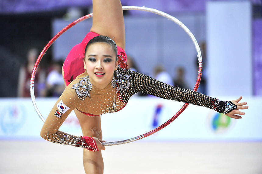 September 26, 2014 - Izmir, Turkey -  SON YEON-Jae of South Korea performs at 2014 World Championships.