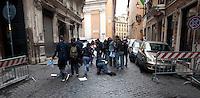 """Roma 6 Maggio 2010.Protesta davanti alla sede del Popolo della libertà in via dell'Umiltà. Il gruppo di azione """"SpalMan"""" ha versato  un bidone di letame davanti al portone di ingresso. L'azione è stata una provocazione per """"concimare le intelligenze e smascherare le ipocrisie e contro la """"Giornata delle giovinezza"""" promossa dal """"Blocco studentesco"""" ..Un Agente di Polizia cade a terra  rincorrendo i manifestanti.Rome, May 6, 2010.Protest outside the headquarters of People's liberties by via dell'Umilta'. The action group """"SpalMan"""" poured a can of manure in front of the entrance door. The action was a provocation to """"fertilize minds and expose the hypocrisy and against the"""" Day of Youth """"sponsored by"""" Block the student, the formation of extreme right..A police officer falls to the ground chasing protesters"""