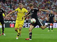 FUSSBALL   1. BUNDESLIGA   SAISON 2012/2013   SUPERCUP FC Bayern Muenchen - Borussia Dortmund            12.08.2012 Marcel Schmelzer (li, Borussia Dortmund)  gegen Thomas Mueller (FC Bayern Muenchen)