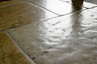 Giovanni Barbieri Timeworn Travertino Pagilierno tiles