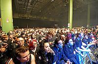 WGT 2013  - Feature - Impression - Blick in die Konzerthalle auf der Agra -  Publikum.  Foto: Norman Rembarz