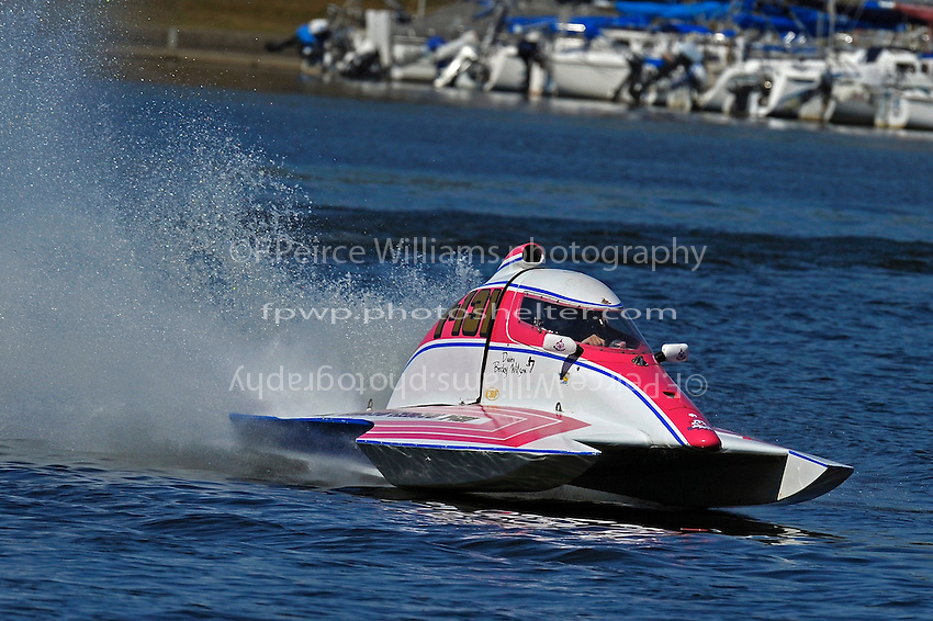 """Becky Wilson, Y-131 """"Miss Circus Circus""""  (1 Litre MOD hydroplane(s)"""