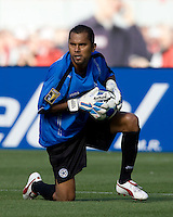 05 July 2009:  Nicaragua's goalkeeper Carlos Mendieta in action during the game against Mexico at Oakland-Alameda County Coliseum in Oakland, California.    Mexico defeated Nicaragua, 2-0.
