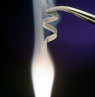 MAGNESIUM BURNING IN AIR: AN EXOTHERMIC REACTION<br /> Producing White Flame And Smoke Of Magnesium Oxide<br /> Magnesium, a group IIA alkaline earth metal burns in air with a bright white flame, producing a white smoke of solid magnesium oxide. What remains after burning is solid magnesium oxide.