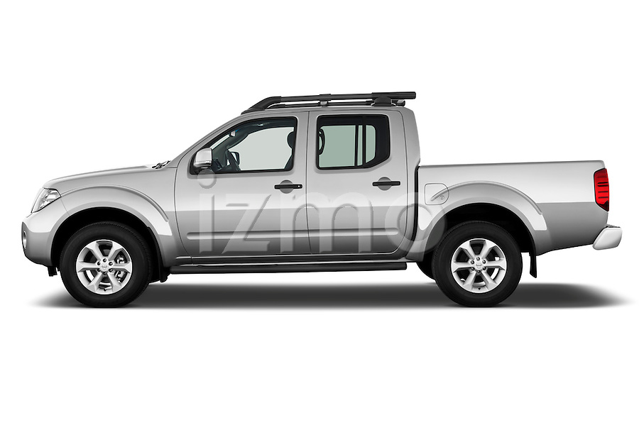 2010 nissan navara le 4 door pick up truck izmostock. Black Bedroom Furniture Sets. Home Design Ideas