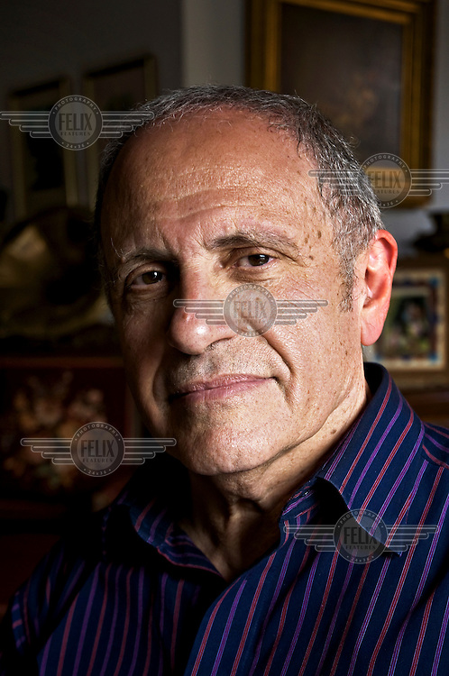 Doctor Felix Umansky, originally from Argentina, is former Prime Minister Ariel Sharon's neurosurgeon.