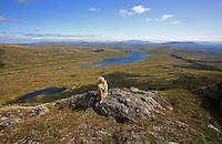 The view from the mountain of Fongen (1441 m) towards Ramsj&oslash;en, Ramsj&oslash;hytta and Sylene.