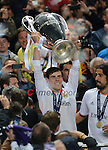 Real Madrid's Gareth Bale lifts the Champions league trophy<br /> <br /> Photographer Ian Cook/CameraSport<br /> <br /> Football - UEFA Champions League Final 2014 - Real Madrid v Atletico Madrid - Saturday 24th May 2014 - Stadium of Light - Lisbon - Portugal<br /> <br /> &copy; CameraSport - 43 Linden Ave. Countesthorpe. Leicester. England. LE8 5PG - Tel: +44 (0) 116 277 4147 - admin@camerasport.com - www.camerasport.com