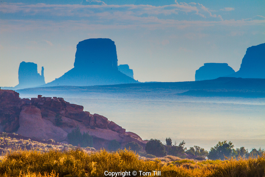 Morning fog in Monument Valley, Monument Valley Tribal Park, Arizona
