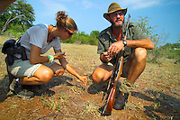 KLASERIE PRIVATE GAME RESERVE, SOUTH AFRICA, DECEMBER 2004. Gary leads the way to th big game. Wildlife guide Gary Freeman takes people on walking safaris in the bush. Photo by Frits Meyst/Adventure4ever.com