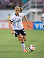 Lindsey Horan (25) of the USWNT brings the ball forward during an international friendly at the Florida Citrus Bowl in Orlando, FL.  The USWNT defeated Brazil, 4-1.