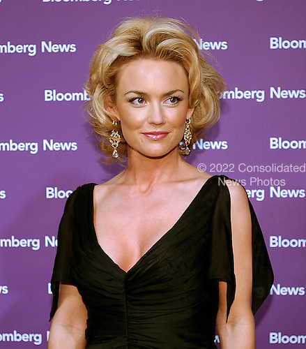 """Kelly Carlson star of the TV show """"Nip Tuck"""" arrives at the Embassy of the Republic of Macedonia in Washington, D.C. for the Bloomberg News party following the annual White House Correspondents Association (WHCA) dinner on April 29, 2006..Credit: Ron Sachs / CNP"""