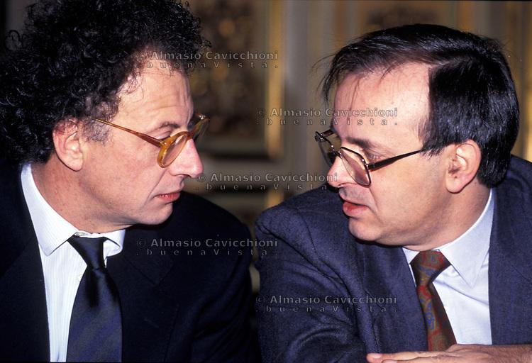 MAG 1994  GHERARDO COLOMBO, PIERCAMILLO DAVIGO, magistrati del Pool Mani pulite<br /> MAY 1994 GHERARDO COLOMBO, PIERCAMILLO DAVIGO, magistrates of the Pool Mani Pulite (Clean Hands)