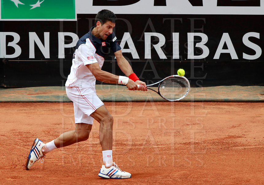 Il serbo Novak Djokovic in azione durante la finale maschile degli Internazionali d'Italia di tennis a Roma, 18 maggio 2014.<br /> Serbia's Novak Djokovic in action during the men's final match of the Italian open tennis tournament, in Rome, 18 May 2014.<br /> UPDATE IMAGES PRESS/Isabella Bonotto