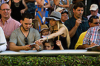 HALLANDALE BEACH, FL - FEBRUARY 04: Fans enjoying a day at the races. Scenes from Gulfstream Park,  at Gulfstream Park, Hallandale Beach, FL. (Photo by Arron Haggart/Eclipse Sportswire/Getty Images)