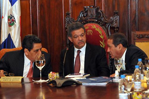 """""""Leonel  Fernández ha actuado de manera irresponsable en elección de jueces"""""""