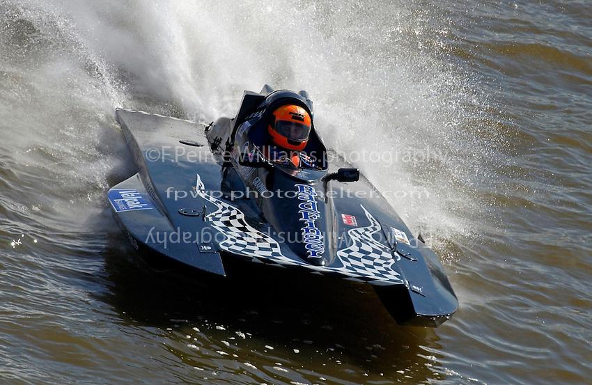 "S-690 ""Badfinger"" (2.5 Litre Stock class hydroplane)"