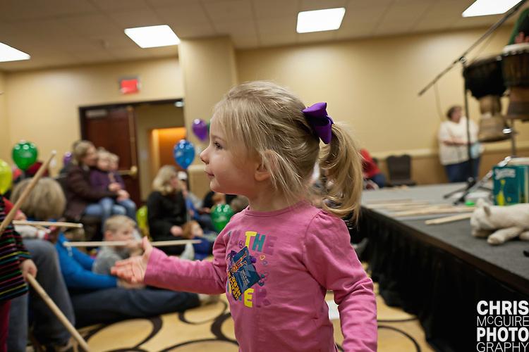 02/12/12 - Kalamazoo, MI: Kalamazoo Baby & Family Expo.  Photo by Chris McGuire.  R#18