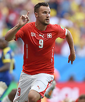 FUSSBALL WM 2014  VORRUNDE    Gruppe D     Schweiz - Ecuador                      15.06.2014 2:1 Torschuetze Haris Seferovic (Schweiz) bejubelt seinen Treffer