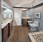 8804_Garfield_Bathroom