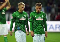 FUSSBALL   1. BUNDESLIGA   SAISON 2012/2013   4. SPIELTAG SV Werder Bremen - VfB Stuttgart                         23.09.2012        Aaron Hunt (li) und Philipp Bargfrede (re, beide SV Werder Bremen) sind nach dem Abpfiff enttaeuscht
