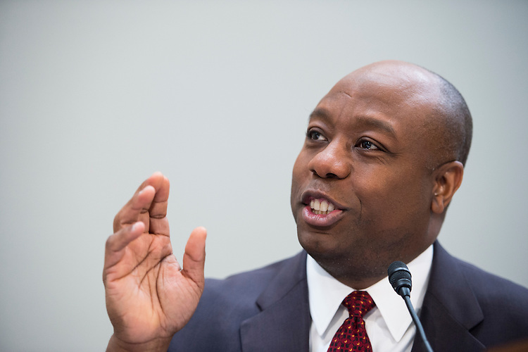"""UNITED STATES - FEBRUARY 9: Sen. Tim Scott, R-S.C., holds his National School Choice Forum on """"Choosing Excellence: A Forum on the Freedom to Choose Academic Excellence for Every Child"""" in the Hart Senate Office BUilding on Monday, Feb. 9, 2015 (Photo By Bill Clark/CQ Roll Call)"""