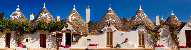 Trulli houses of the Rione Monti Area of Alberobello, Puglia, Italy.