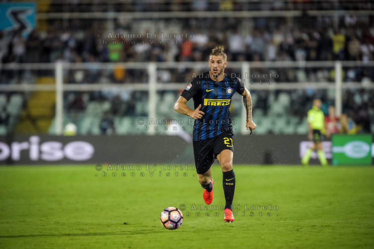 Santon Davide (Inter) during the Italian Serie A football match Pescara vs SSC Inter on September 11, 2016, in Pescara, Italy. Photo by Adamo DI LORETO