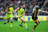 Freddie Burns of Leicester Tigers looks to pass the ball. Aviva Premiership match, between Wasps and Leicester Tigers on January 8, 2017 at the Ricoh Arena in Coventry, England. Photo by: Patrick Khachfe / JMP