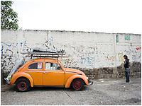Project Luz workshops. Street photography in Ciudad Nezahaulcoyotl, Estado de Mexico, Mexico.
