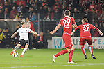 Sandhausens Jakub Kosecki (Nr.13) gegen Kaiserslauterns Stipe Vucur (Nr.29) und rechts Kaiserslauterns Jean Zimmer (Nr.39)  beim Spiel in der 2. Bundesliga des SV Sandhausen - 1. FC Kaiserslautern.<br /> <br /> Foto &copy; PIX-Sportfotos *** Foto ist honorarpflichtig! *** Auf Anfrage in hoeherer Qualitaet/Aufloesung. Belegexemplar erbeten. Veroeffentlichung ausschliesslich fuer journalistisch-publizistische Zwecke. For editorial use only.