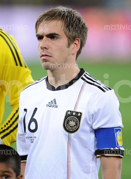 FUSSBALL WM 2010    HALBFINALE   07.07.2010 Deutschland - Spanien Philipp LAHM (Deutschland) mit Kapitaensbinde