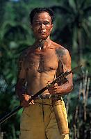 Asie/Malaisie/Bornéo/Sarawak: Chez les Dayak - Chasse à la sarbacane