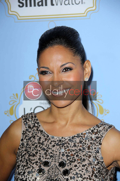 Salli Richardson-Whitfield<br />