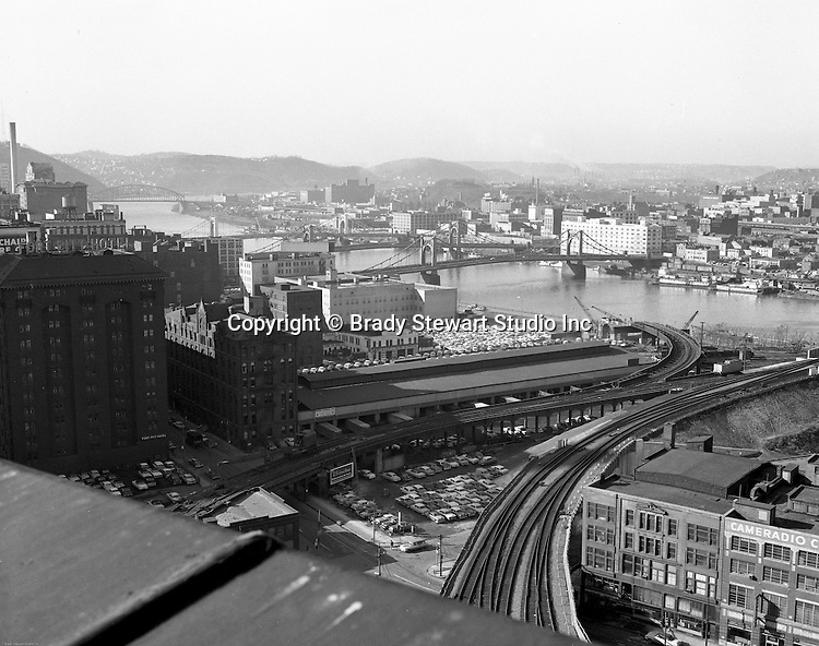 Pittsburgh PA - View of the Allegheny River, bridges and train tracks from the roof of the Pennsylvania Railroad Station - 1959