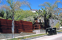 Rudolph Schindler: El Pueblo Ribera Apartments, La Jolla 1923. Photo '97.