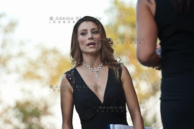 PESCARA (PE) 08/07/2012 - 39° FILM FESTIVAL INTERNAZIONALE FLAIANO. PREMIAZIONE FINALE. IN FOTO LA PRESENTATRICE ANTONELLA SALVUCCI. FOTO DI LORETO ADAMO