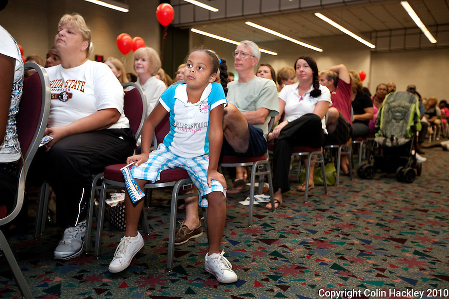 TALLAHASSEE, FLA. 9/7/10-MILK PARTY 090710 CH-All ages of the audience take in the message during the Children's Movement of Florida Milk Party Tuesday night in Tallahassee...COLIN HACKLEY PHOTO