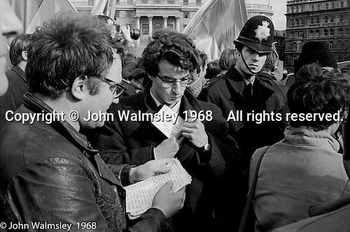 The speakers, anti-Vietnam war demonstration march from Trafalgar Sq to Grosvenor Sq Sunday 17th March 1968.