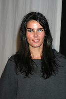 Angie Harmon.Cirque Du Soleil's Delirium .Cocktail Reception and Private Performance.Staples Center.Los Angeles, CA.September 14, 2006.©2006 Kathy Hutchins / Hutchins Photo....