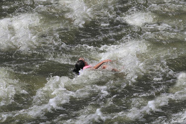 3046 gir drowning river | John Kieffer and Outside Imagery ...