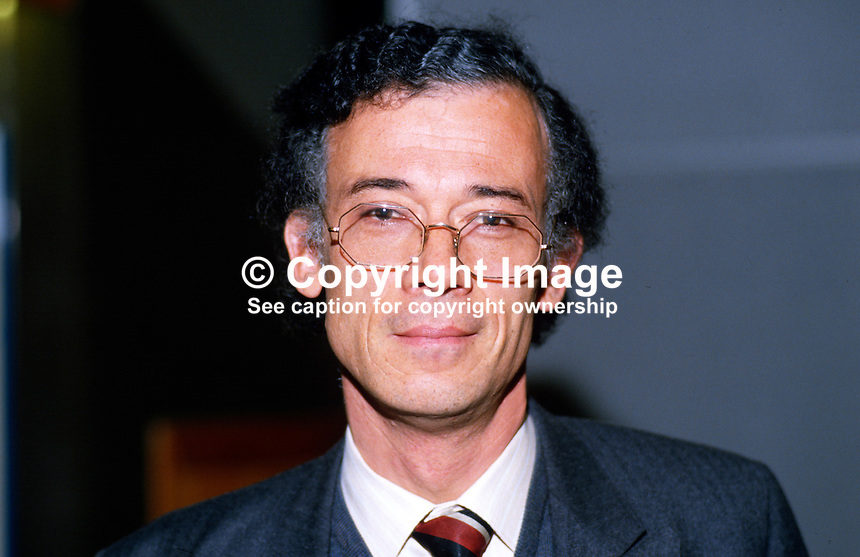 Dale Campbell-Savours, MP, Labour Party, UK, 19870935DCS..Copyright Image from Victor Patterson, 54 Dorchester Park, Belfast, UK, BT9 6RJ..Tel: +44 28 9066 1296.Mob: +44 7802 353836.Voicemail +44 20 8816 7153.Skype: victorpattersonbelfast.Email: victorpatterson@me.com.Email: victorpatterson@ireland.com (back-up)..IMPORTANT: If you wish to use this image or any other of my images please go to www.victorpatterson.com and click on the Terms & Conditions. Then contact me by email or phone with the reference number(s) of the image(s) concerned.